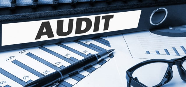 Keep Your Drivers Compliant with Regular Log Audits